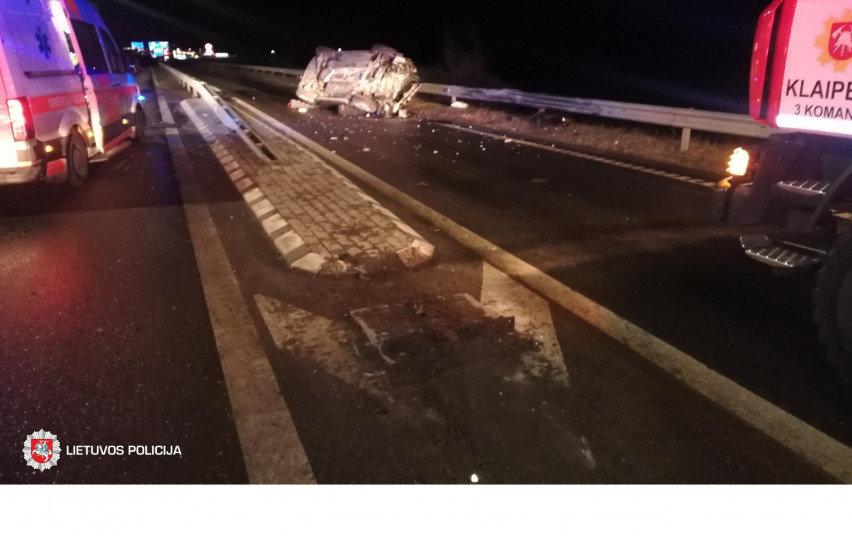 Savaitgalį užregistruotos 207 avarijos: žuvo vairuotoja ir pėsčiasis