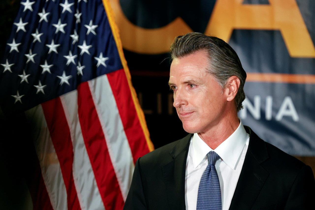 Kaliforniečiai neatšaukė demokratų gubernatoriaus, prognozuoja JAV žiniasklaida