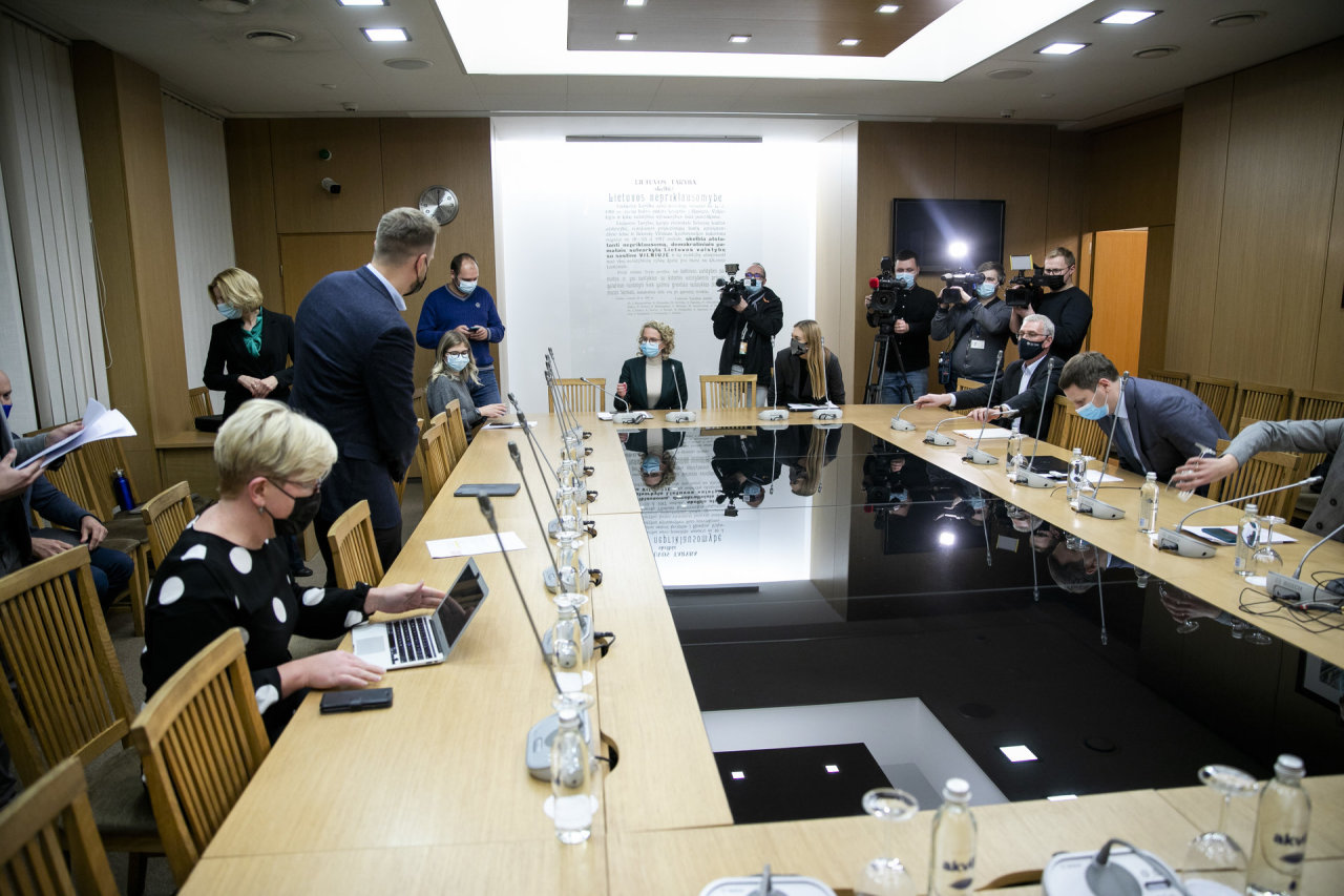 Almost one year of the government: a year of fighting fires and conflicts with G. Nausėda