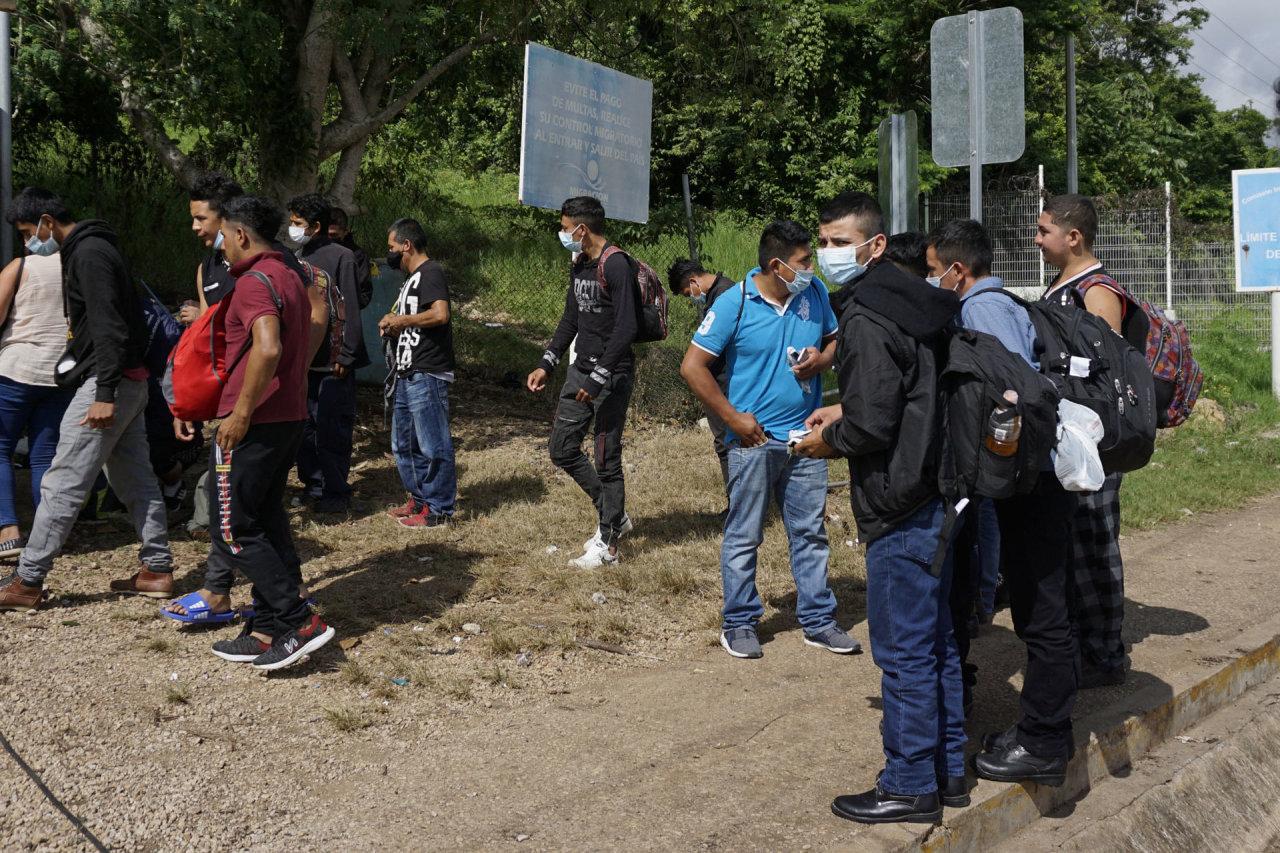 Bogota: netoli Kolumbijos sienos su Panama įstrigo apie 19 tūkst. migrantų