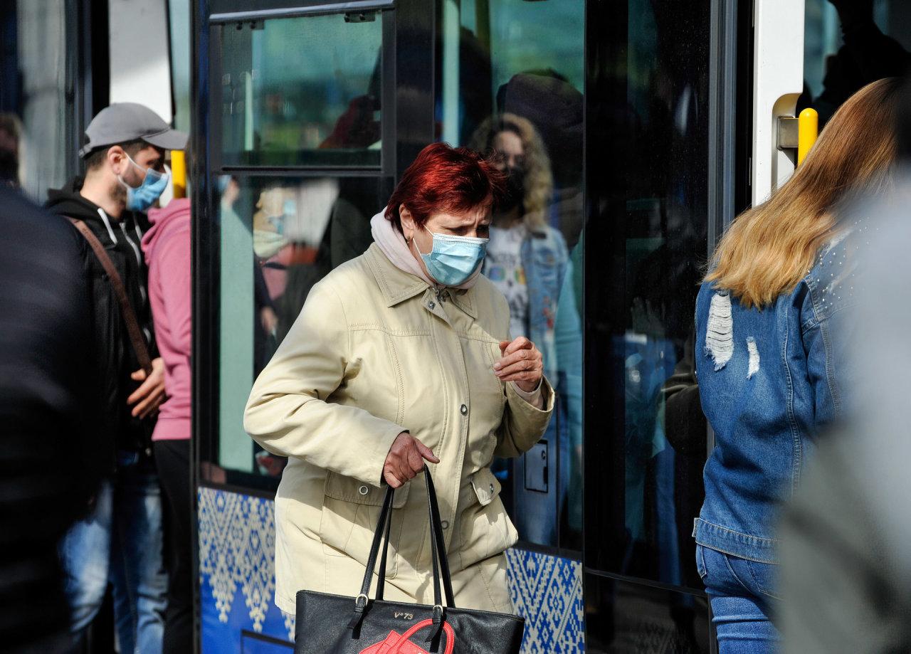 Ukrainoje – 23,2 tūkst. naujų COVID-19 atvejų, 483 pacientai mirė