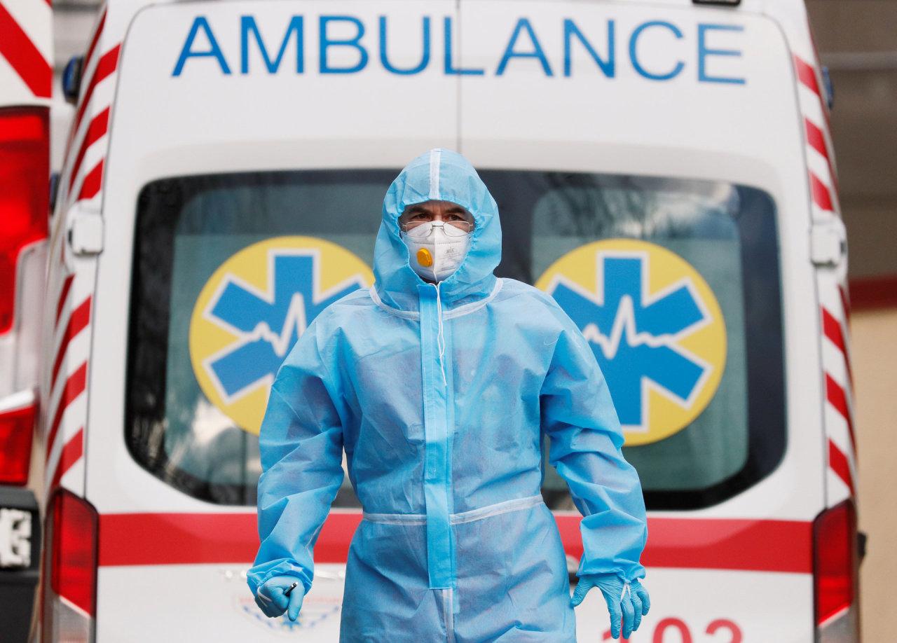 Ukrainoje – per 6,4 tūkst. naujų COVID-19 atvejų, 195 pacientai mirė