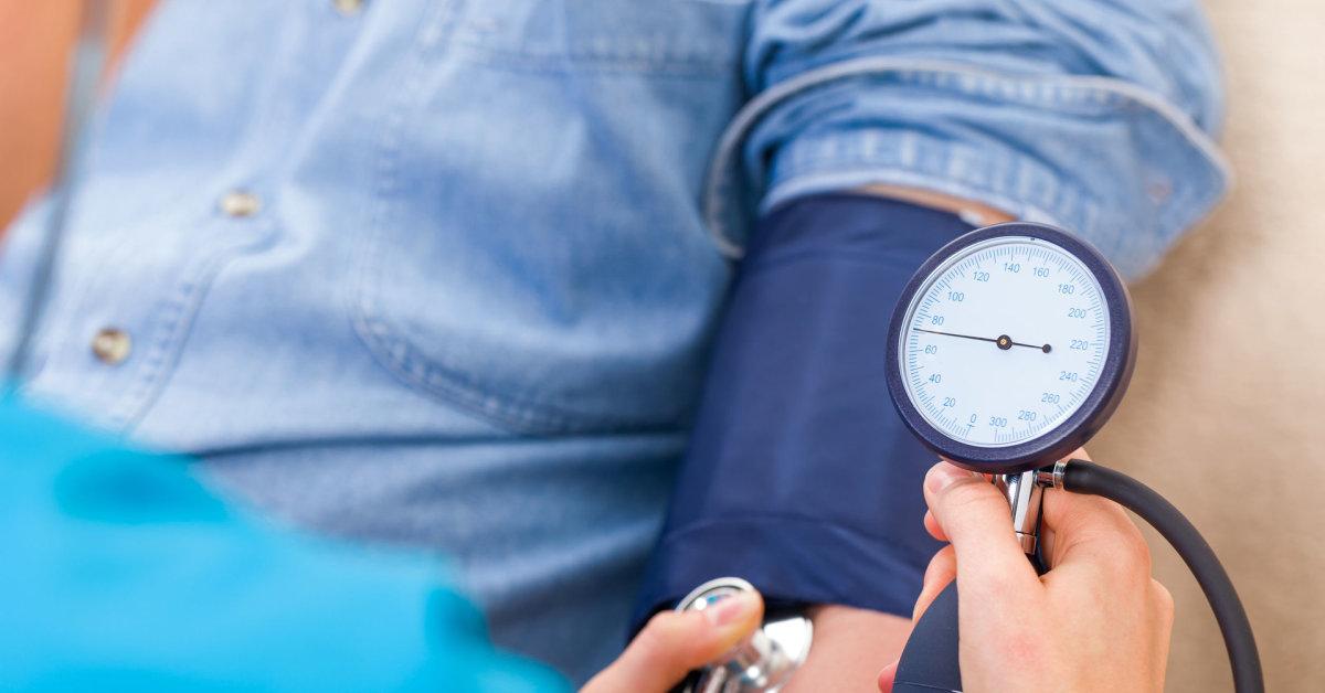 ar įmanoma gydyti 2 laipsnio hipertenziją
