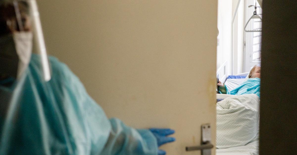 Židinį slaugos skyriuje turėjusios Šilutės ligoninės vadovas: kovidas – kaip parako statinė