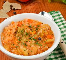 Nekaloringa kopūstų sriuba