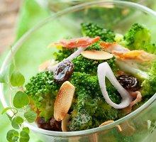 Salotos su brokoliais ir razinomis