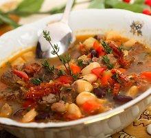Mėsos ir pupelių sriuba