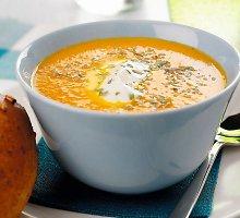 Morkų sriuba su apelsinų sultimis