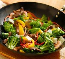 Rytietiškos daržovės su jautiena