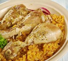 Keptas viščiukas su ryžiais ir saldžiosiomis bulvėmis