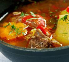 """Uzbekiška avienos sriuba su ryžiais """"Mastava"""""""
