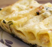 """Itališkas blynelių ir sūrio apkepas """"manicotti"""""""