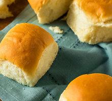 Purių mielinių rutuliukų duona