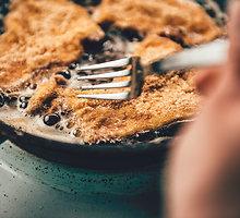 Vištienos šniceliai su traškia sėklų plutele