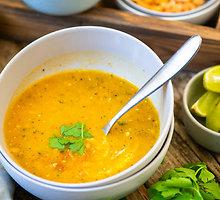 Tailandietiška cukinijų sriuba