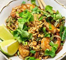 """Tailandietiškas """"Pad Thai"""" su krevetėmis"""