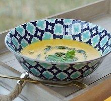 Moliūgų ir raudonųjų lęšių sriuba