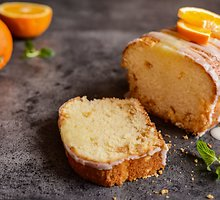 Apelsinų pyragas su spanguolėmis
