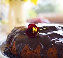 Morkų pyragas su šokoladu