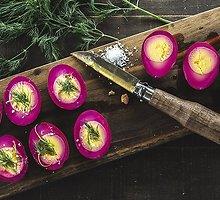 Su burokėliais marinuoti kiaušiniai