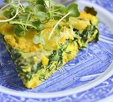 Orkaitėje keptas omletas su špinatais