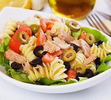 Makaronų ir tunų salotos