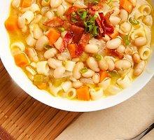 Pupelių sriuba su makaronais