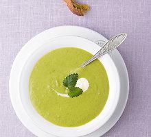 Žaliųjų žirnelių sriuba su mėtomis