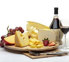 Sūrio suktinukai su daigais