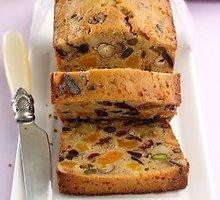 Riešutų ir vaisių duona