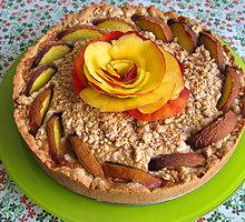 Trupininis obuolių pyragas su nektarinais