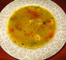 Daržovių sriuba su lašiša