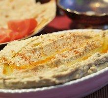 """Avinžirnių ir sezamo pastos paštetas – """"Hummus"""""""