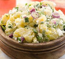 Vokiškos bulvių salotos
