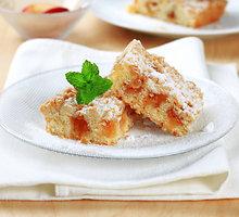 Trupininis pyragas su džiovintais abrikosais