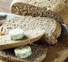 Senovinė  mielinė  duona