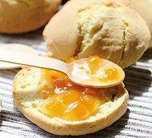 Amerikietiška  pusryčių  duonelė