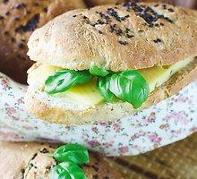 Pailgų  sumuštinių  batonėliai