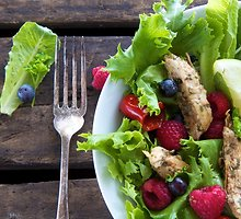 12 vasariškai gaivių salotų