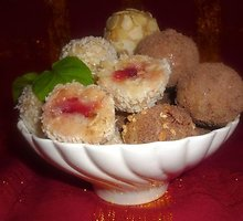 Kokosiniai saldainiai su braškėmis