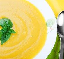 Moliūgų ir kukurūzų sriuba