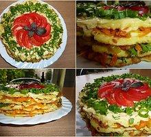 Cukinijų blynų tortas