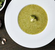 Greita brokolių sriuba su bolivine balanda