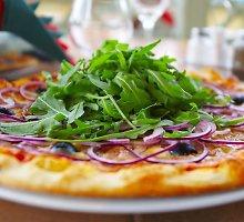 Pica su gražgarstėmis