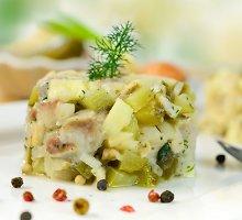 Vokiškos silkės salotos