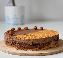 Karališkas, bet greitai paruošiamas šokoladinis pyragas