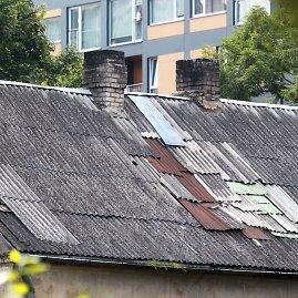Irmanto Gelūno / 15min nuotr./Šiferinis stogas