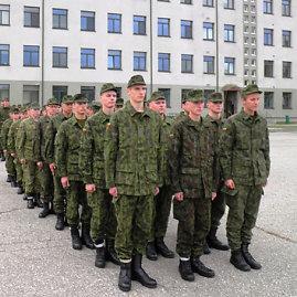 Srž. Giedriaus Datkevičiaus nuotr./63 kariai savanoriai pradėjo bazinius kursus