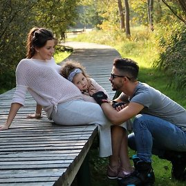 Asmeninio albumo nuotr./Vytautas ir Natalija Mackoniai su dukra Penelope