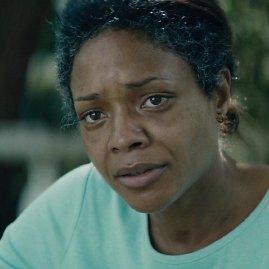 """Kadras iš filmo/Naomie Harris filme """"Mėnesiena"""""""